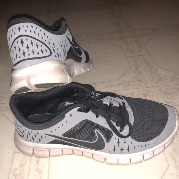 30a3cc3cd9f3 ... old Nike free run. M 5b6163c6baebf69fe02e0ae6